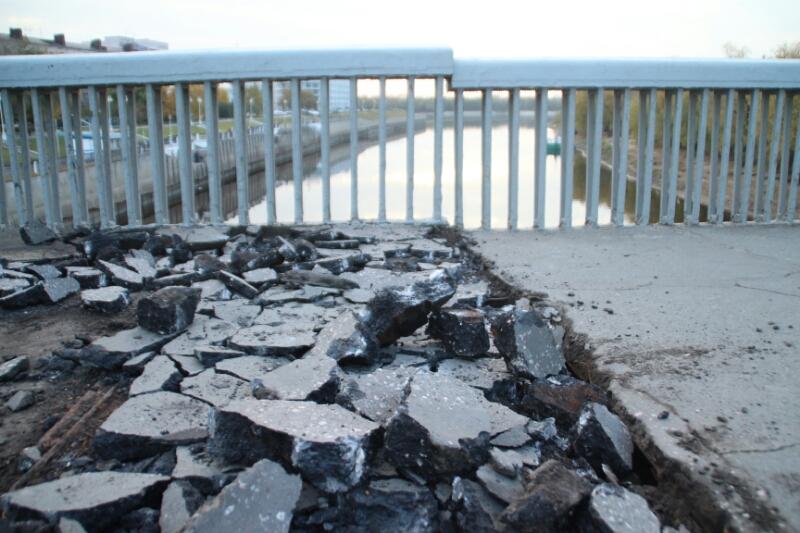 Ремонт Юбилейного моста завершится осенью 2018г.