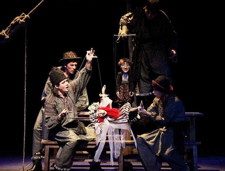 Театр кукол «Экият» завоевал три диплома намеждународном фестивале «Гостиный двор»
