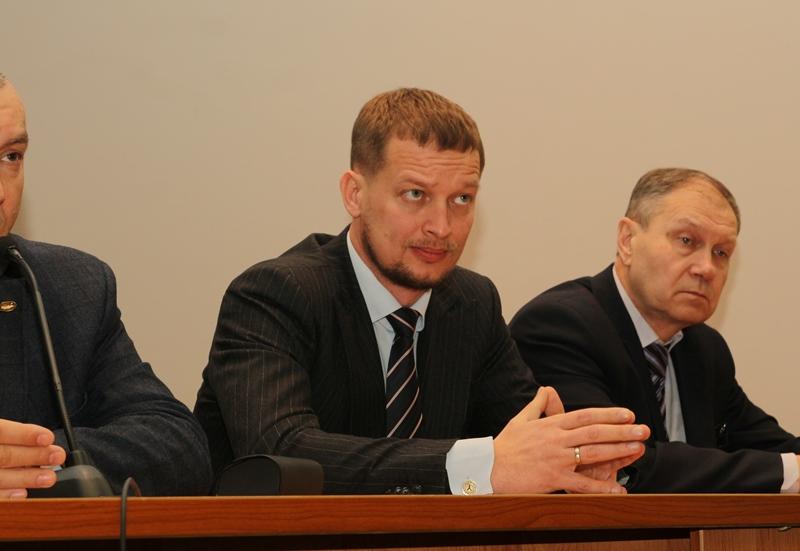 Накануне назначения вице-мэром Олег ЗАРЕМБА ликвидировался какИП