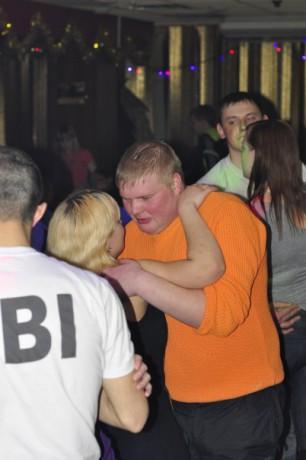 В ночном клубе в омске эверест ночные клубы бегемот