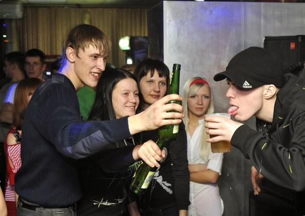 В ночном клубе в омске эверест список ночных клубов в санкт петербурге