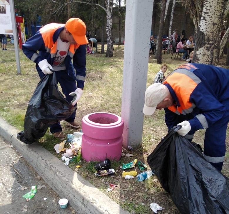 картинка с убираемые мусором чистой