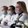 Какие они  будущие омские врачи